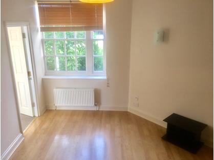 1 Bed Flat, The Octagon, SG12