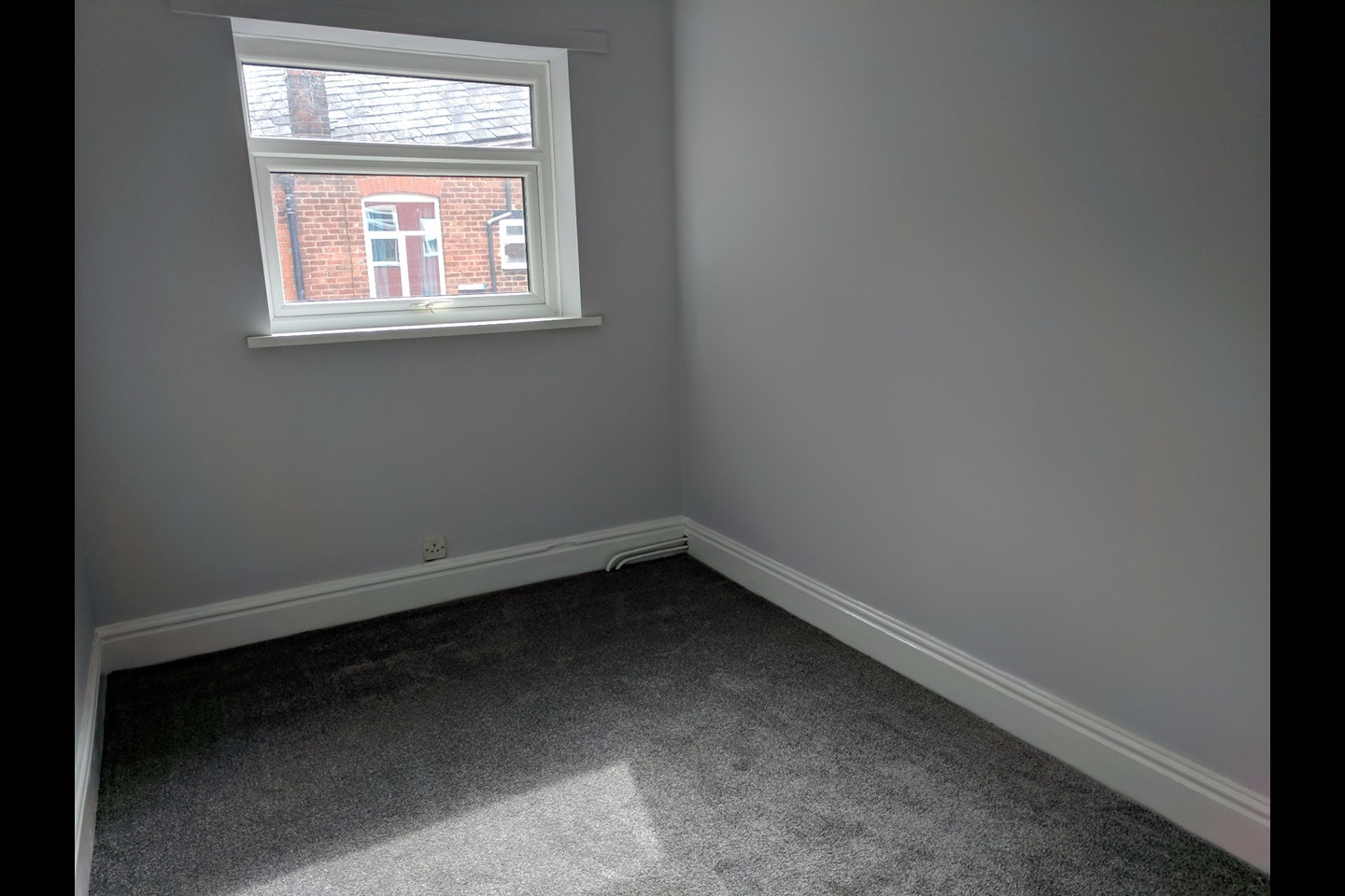 manchester - 2 bed terraced house, fielding street, m24 - to rent