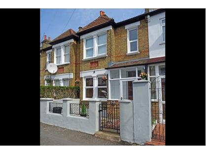 Room in a Shared House, Bronson Road, SW20
