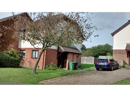 1 Bed Semi-Detached House, Petersfield, GU32