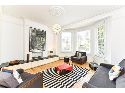 4 Bed Flat, Saint James's Lane, N10