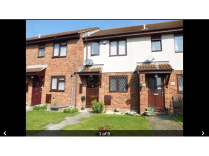 2 Bed Terraced House, Hanbury Drive, RG31