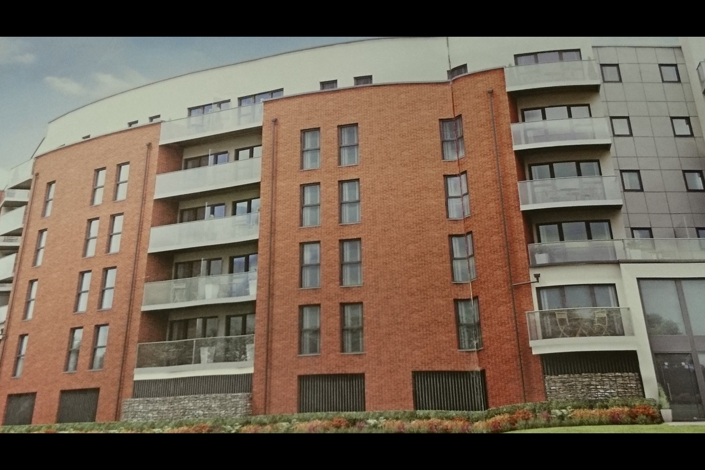 Dagenham - 2 Bed Flat, Chancellor Way, RM8 - To Rent Now ...