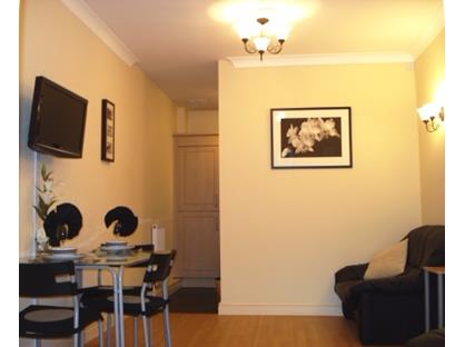 2 Bed Flat, Loxley Court, NG1