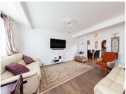 5 Bed Terraced House, Chadwell Heath, RM6