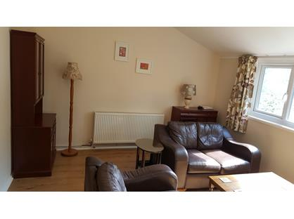 2 Bed Flat, Birchwood, WA3