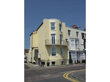 2 Bed Flat, Hardres Street, CT11