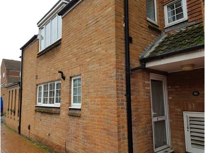3 Bed Terraced House, Rose Street, RG40