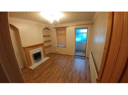2 Bed Terraced House, Trafalgar Road West, NR31