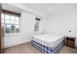 Large Double Bedroom 4