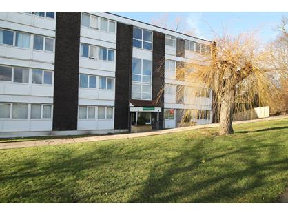 1 Bed Flat, The Woodlands, NE15