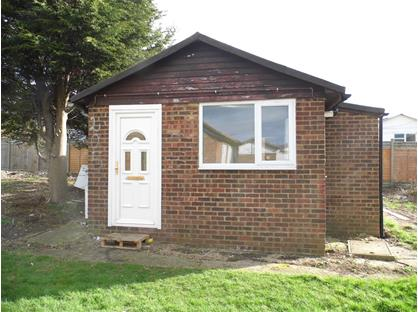 2 Bed Detached House, Saddlebrook Park, ME12
