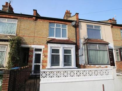 2 Bed Terraced House, Rochdale Road, SE2