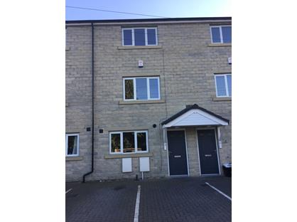3 Bed Terraced House, Town View, HD6