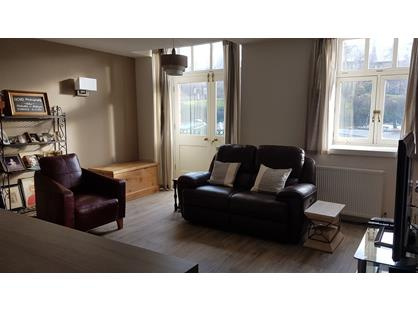 2 Bed Flat, Union Road, SK11