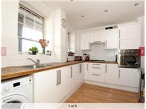 3 Bed Maisonette, Geary House, N7