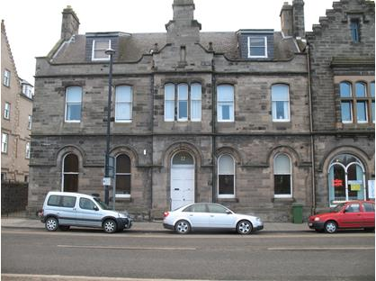 3 Bed Flat, Tay Street, PH2