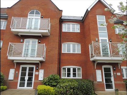 1 Bed Flat, New Quay Court, IP12