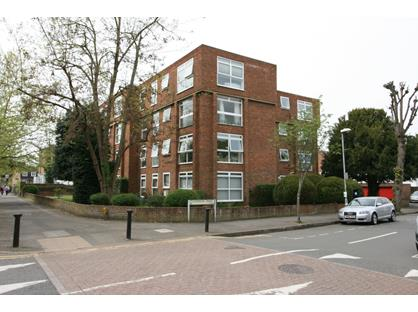 2 Bed Flat, Catherine Road, KT6