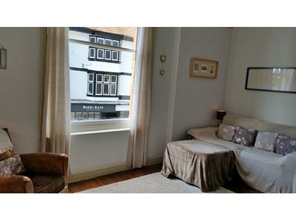 1 Bed Flat, Market Place, AL3