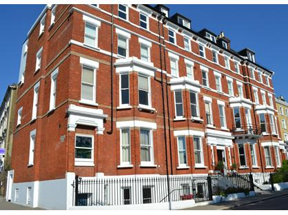 4 Bed Flat, Richmond Hill, TW10