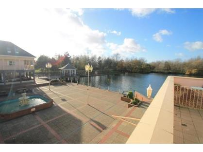 2 Bed Flat, Lakeside, HP19