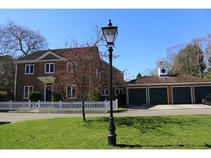 4 Bed Detached House, The Lawns, SL5