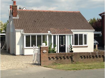 2 Bed Bungalow, Fleetwood Road South, FY5