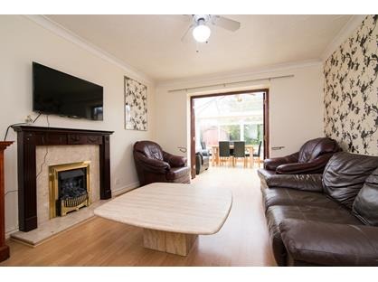 5 Bed Detached House, Harrogate Close, WA5