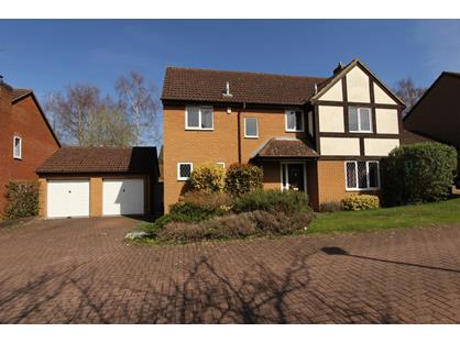 4 Bed Detached House, Hollyhook Close, RG45