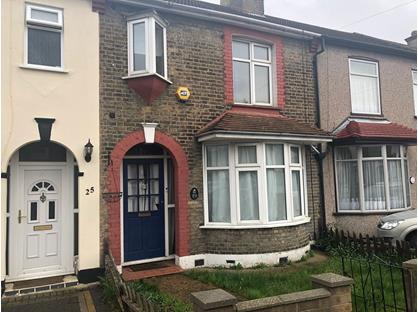 3 Bed Terraced House, Brights Avenue, RM13