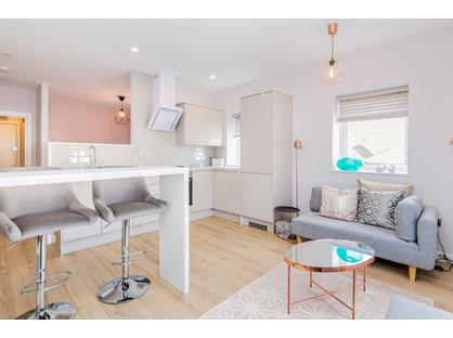 Studio Flat, Welling High Street, DA16