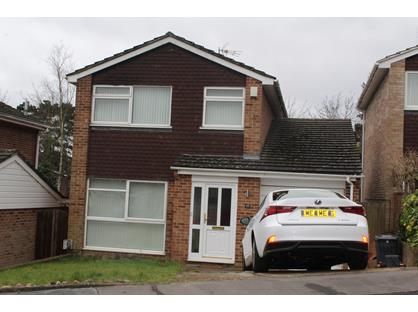 3 Bed Detached House, Grampian Close, BR6