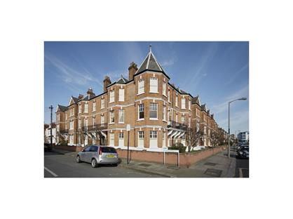 3 Bed Flat, Cecil Mansions, SW17