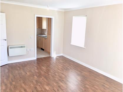 2 Bed Flat, The Mariners, FY8