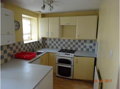 1 Bed Flat, High Street, EX14