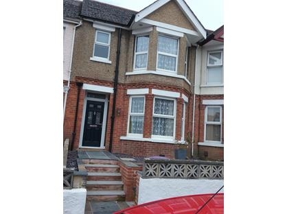 3 Bed Terraced House, Ashley Avenue, CT19