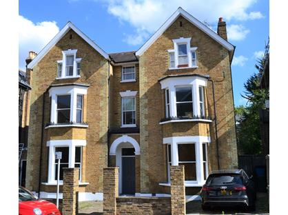 3 Bed Flat, Church Road, TW10