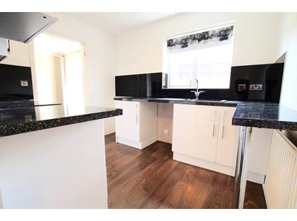 3 Bed Detached House, Cwrt Telford, CH5