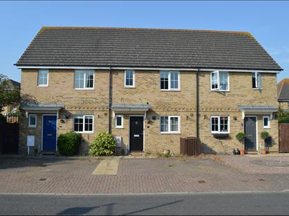 3 Bed Terraced House, The Pintails, ME4