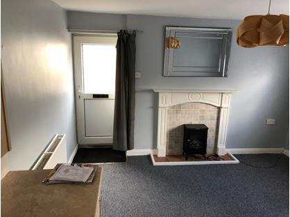 1 Bed Flat, Worth Cottage, WF11