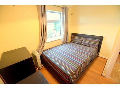 Room in a Shared House, Tollgate Road, E16