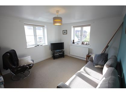 1 Bed Flat, Thornley Close, OX14