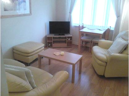 1 Bed Flat, Hope Park Gardens, EH48