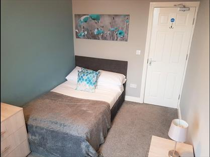 Room in a Shared House, Barnsley Road, S73