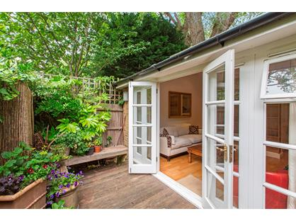 1 Bed Bungalow, Birchlands Avenue, SW12