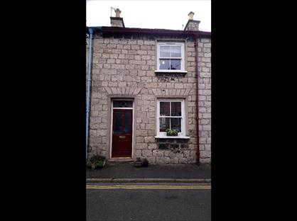 2 Bed Terraced House, Union Street, LA9