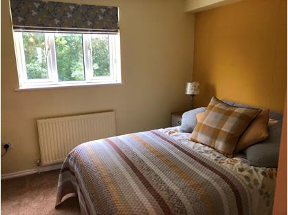 Room in a Shared House, Christy'S Gardens, SP7