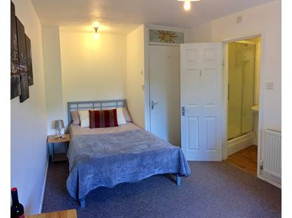 Room in a Shared House, Barnstock, PE3
