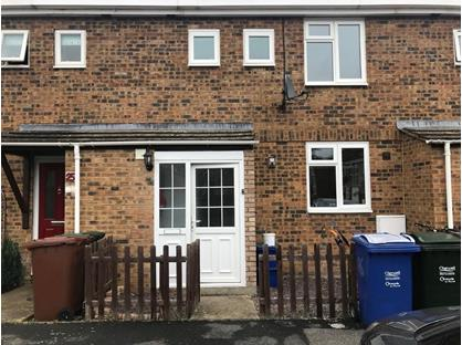 3 Bed Terraced House, Newport Close, OX5